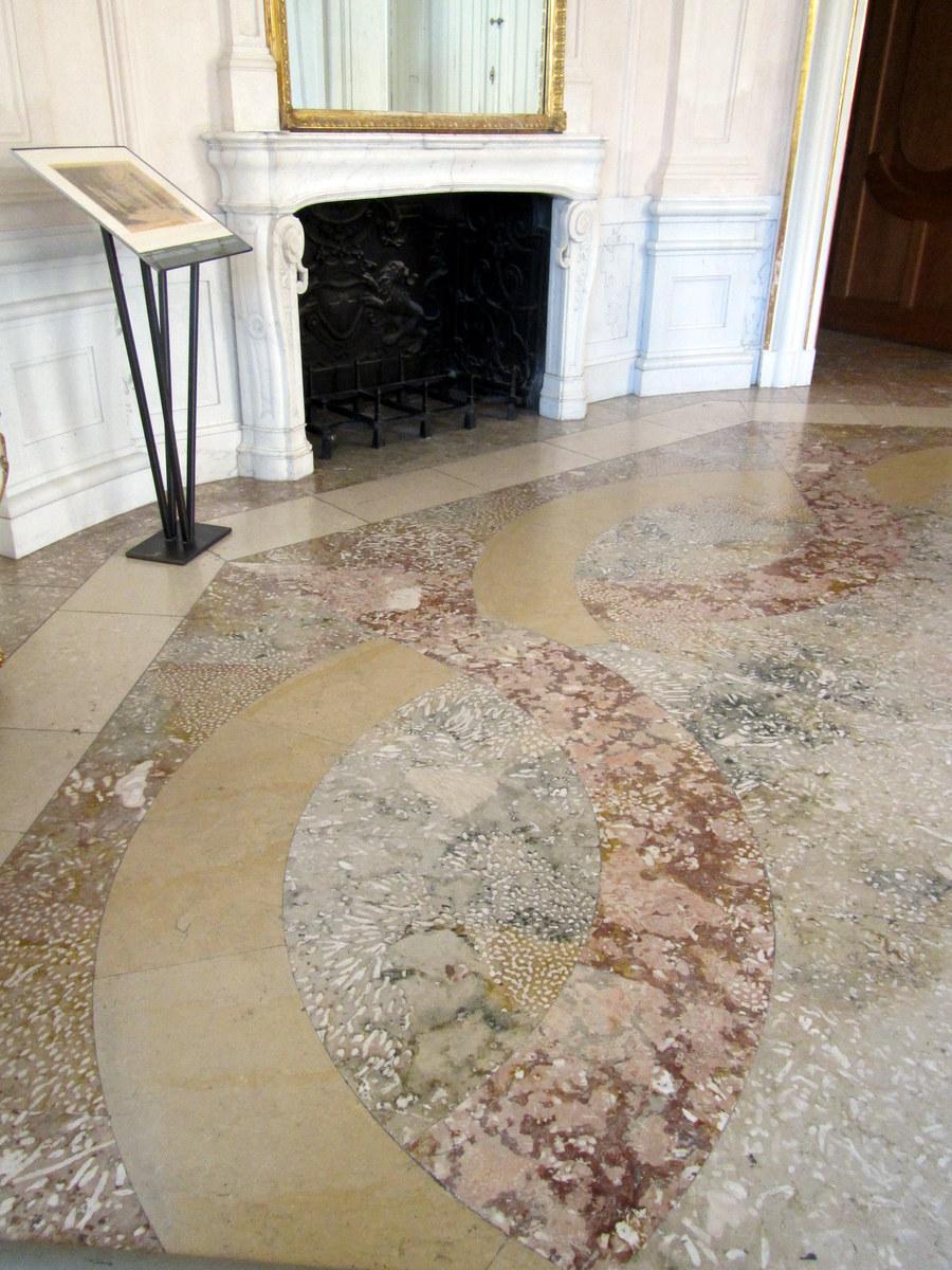 belvedere_floor_coral_marble